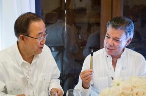 "President Santos gifts the Secretary-General  a ""pen like the one used to sign the peace agreement. In a symbolic gesture, the pens used to sign the historic peace deal, years in the making, have been made from recycled bullets once used in the conflict. An inscription on the side of the pens reads: ""Bullets wrote our past. Education, our future."" Secretary-General Ban Ki-moon attends Luncheon hosted by Juan Manuel Santos, President of the Republic of Colombia"